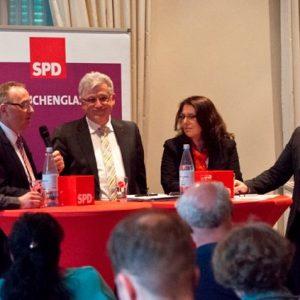 Diskussion mit Minister Norbert Walter-Borjans in Mönchengladbach